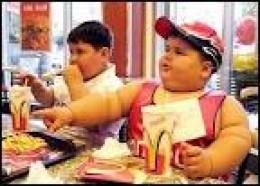 Kids eating junk