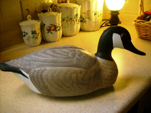 This decoy was the size of the ducks but the neck and head reminded me more of a goose so I choose to use a pattern indicative of a wild goose.