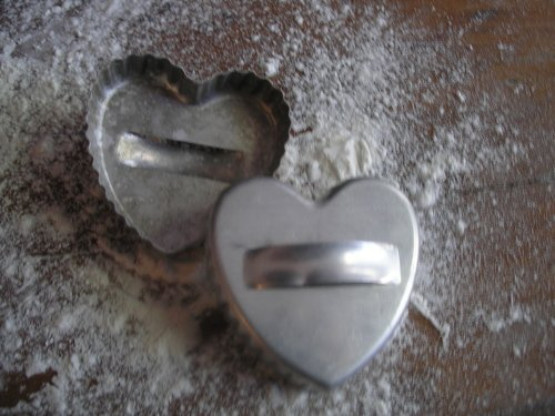 Fluted heart shaped cutters from the 1940s