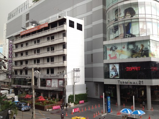City Lodge 19 Hotel is right next to one of the newest shopping malls in Bangkok, Terminal 21