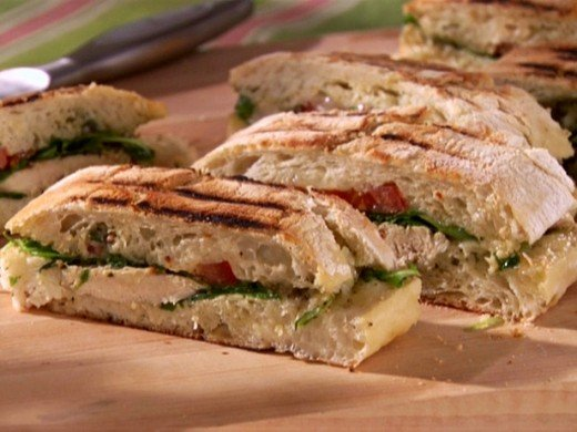 The chicken and pesto panini