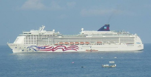 Cruise Ship off Kona