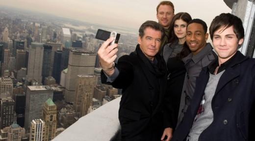 The cast of Percy Jackson and the Lightning Thief at the Empire State Building.