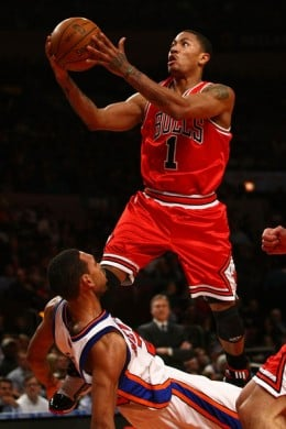 Derrick Rose had 32 points, 13 assists and 4 rebounds against the Knicks