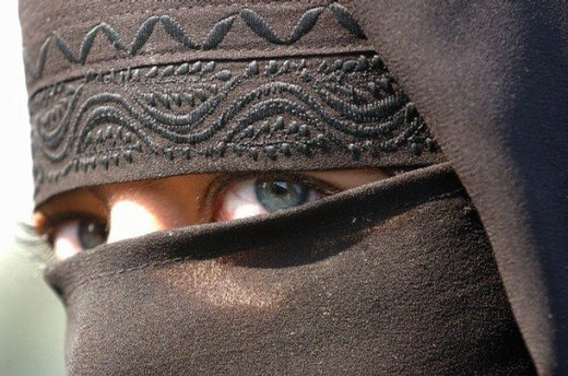 Kashmiri female in burkha, beautiful eyes