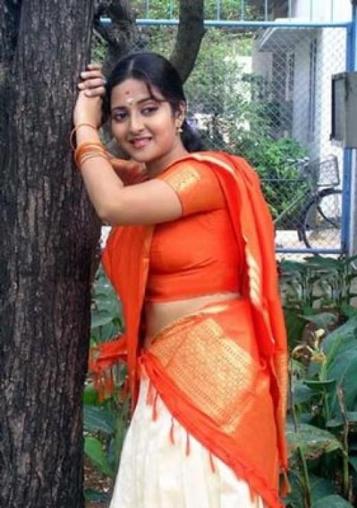 Kerala Women Hot In Bus 28