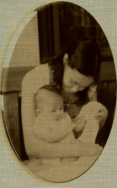 The idea just came out after seeing this photo... (though they  are not really mother and child)