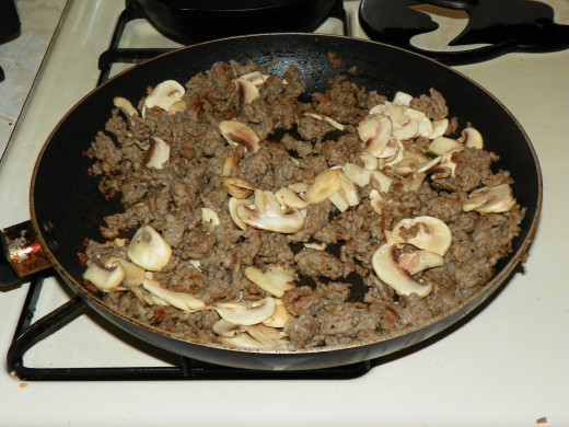 Italian sausage & mushrooms Browned and ready.