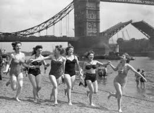 Astonishingly the Tower of London has it's own  beach. © National Maritime Museum, London