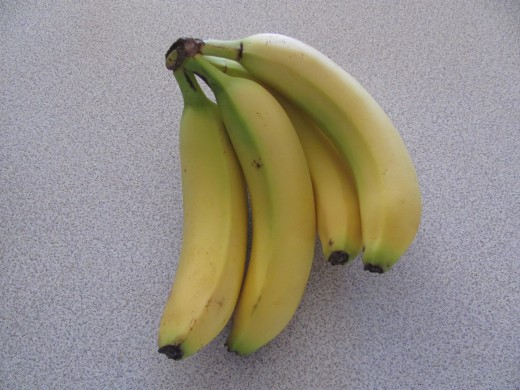 Use four underripe (but not fully green) bananas.  Do no use ripe or overly ripe bananas.