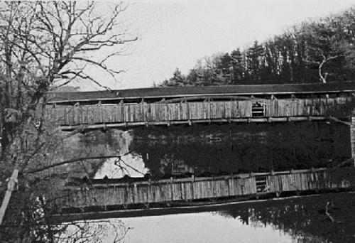 Perrine's Bridge prior to its restoration