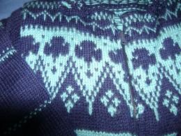 Trefoil design on Norwegian sweater
