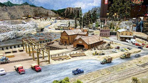 Model railroad at the Santa Clara train station.