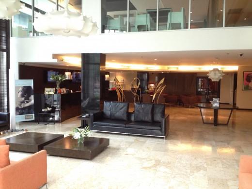 Nice big lobby at the S15.