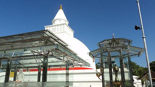 Kiri Vehera Stupa.