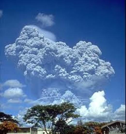 The Mount Pinatubo eruption 1991.