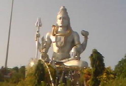 Shiva Statue on Kanduka Giri hill