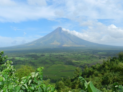 Lignon Hill also provides some great views of the Mayon Volcano.