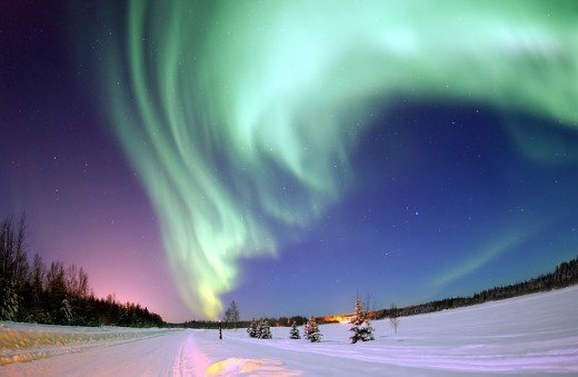 Norther Lights capture in Alaska by By United States Air Force photo by Senior Airman Joshua Strang [Public domain], via Wikimedia Commons