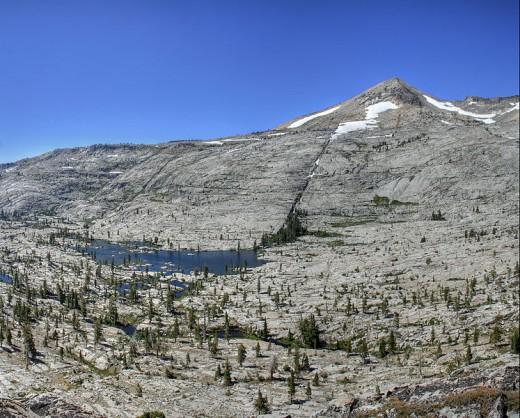 Pyramid Lake in Desolation Wilderness