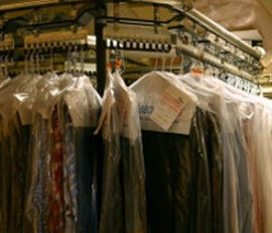 Discover How the Clothes Dry Cleaning Process Works