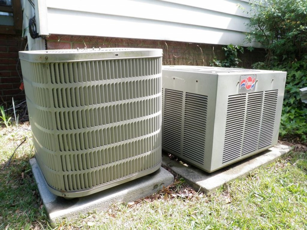 How Does an AC System Work? #7E8249