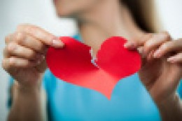 Classic heart-attack symptoms may not appear in younger women!