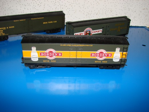 These HO Scale boxcars feature details that are true to the prototype