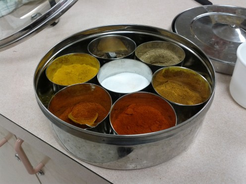 Spice tray for creating delicious lightly or strongly spiced meals