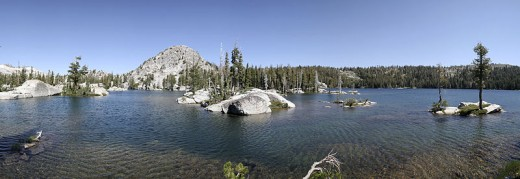 Lake of the Woods is also in Desolation Wilderness. From the Echo Lakes trailhead, this is a shorter hike than for the more famous Aloha Lake, but it's just as beautiful.