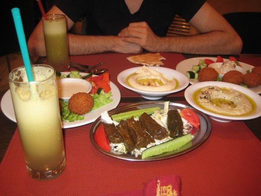 Vegetarian options at Al-Amir restaurant in Luanda