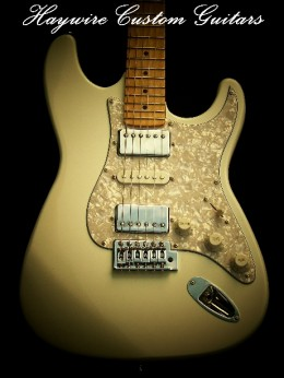 image Haywire Double Fat Plus in Antique White we Blocked the Tremolo