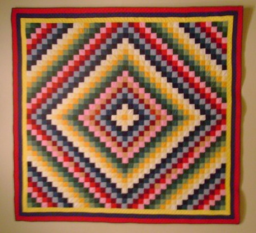 A Trip Around the World is a popular Amish / Mennonite quilt pattern.