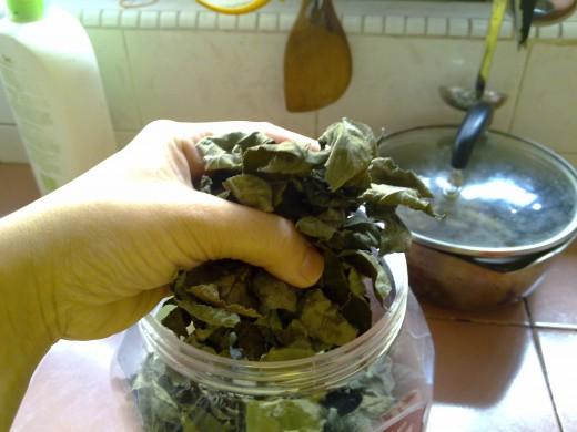 Grab a handful of tea leaves