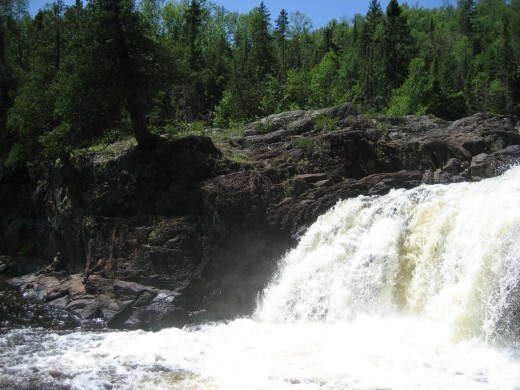 Devil's Kettle Falls, Minnesota