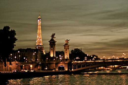 A Post-Card Like View of Paris