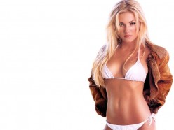 Elisha Cuthbert Sexy Photos and Videos