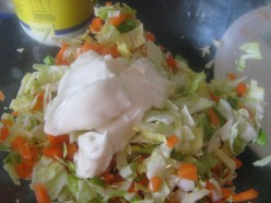 How Do You Make Coleslaw for Salad Sandwiches