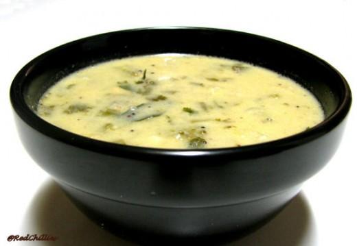 hot yogurt soup (kadhi)
