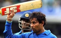 Dilshan never showed  any respect to any Australian  bowler in the second  Adelaide  finals. Dilshan scored a century