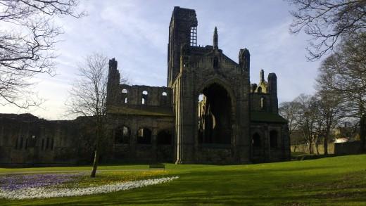 Abbey Ruins N9