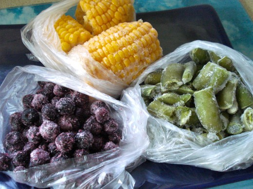 Frozen corn-cob, broad beans, blueberries