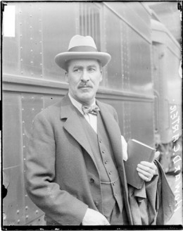 Howard Carter, the man who started it all. But did he really escape the curse?