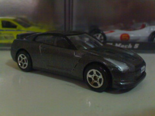 Brian's gray R35 GTR diecast. This particular diecast is made by Majorette but other brands like Tomica, Hotwheels, etc... also produced diecast replicas of said car