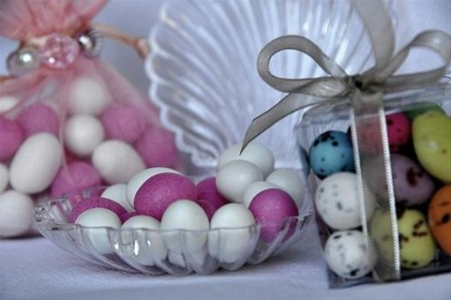 Sweet wedding table gifts