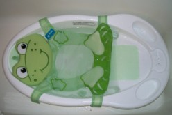 Product Review: Safety 1st Funtime Froggy Bath Center