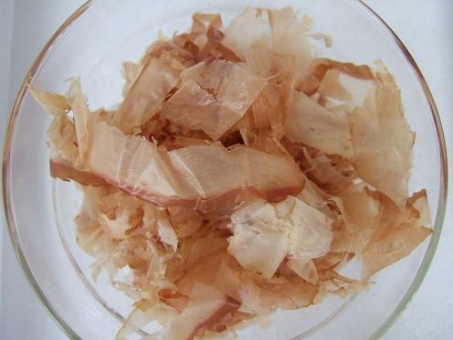 How to make Dashi Stock - Katsuobushi - Bonito Flakes are needed  for making dashi!