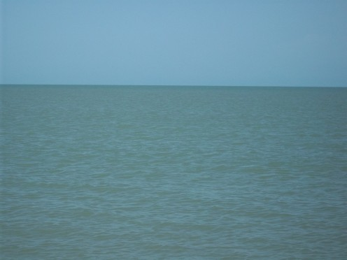 Gentle and calm - Bay of Bengal......a View From Dhanushkodi