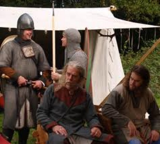 Tostig and Copsig await the thegns with their tithes before the rebellion late in 1065