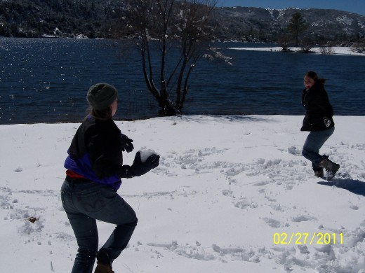 Food and alcohol doesn't have to be the center of every gathering. Go with friends on a hike... or maybe even play in the snow for a good old fashioned snowball fight. Imagine the calories burned playing!